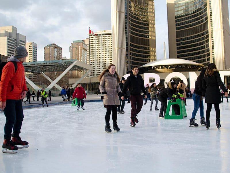 Patinoire ciel ouvert à Toronto