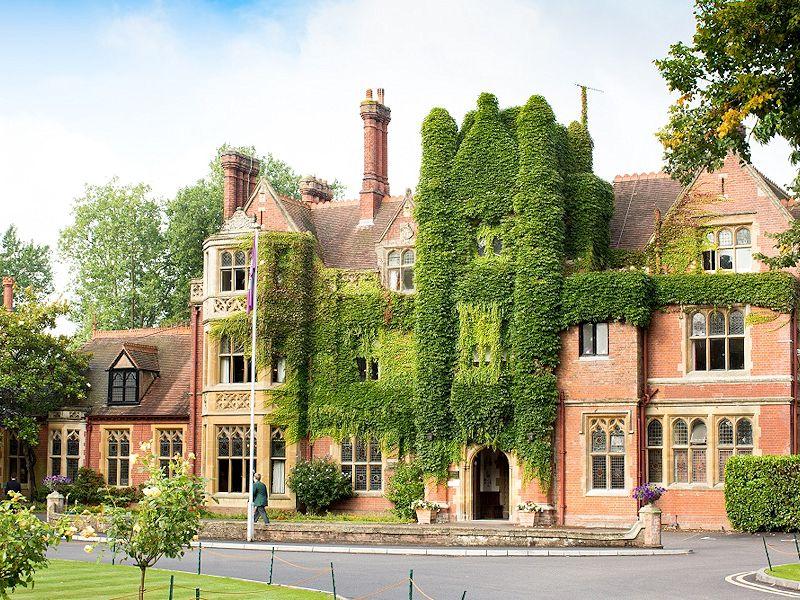 Découvrez Box Hill college en Angleterre