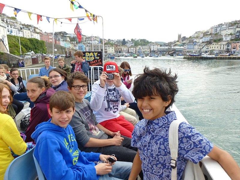 Partir en séjour linguistique multi activités en Angleterre - excursion en bateau
