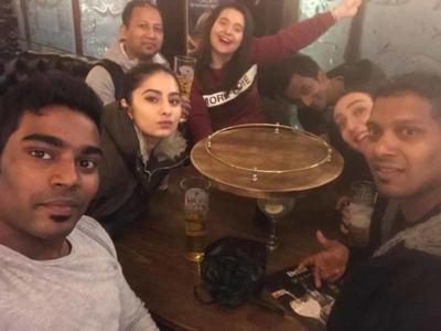 happy hour avec mes amis à Londres