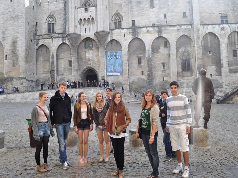 international students palais des papes