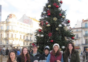 christmas tree and exchange students in Montpellier