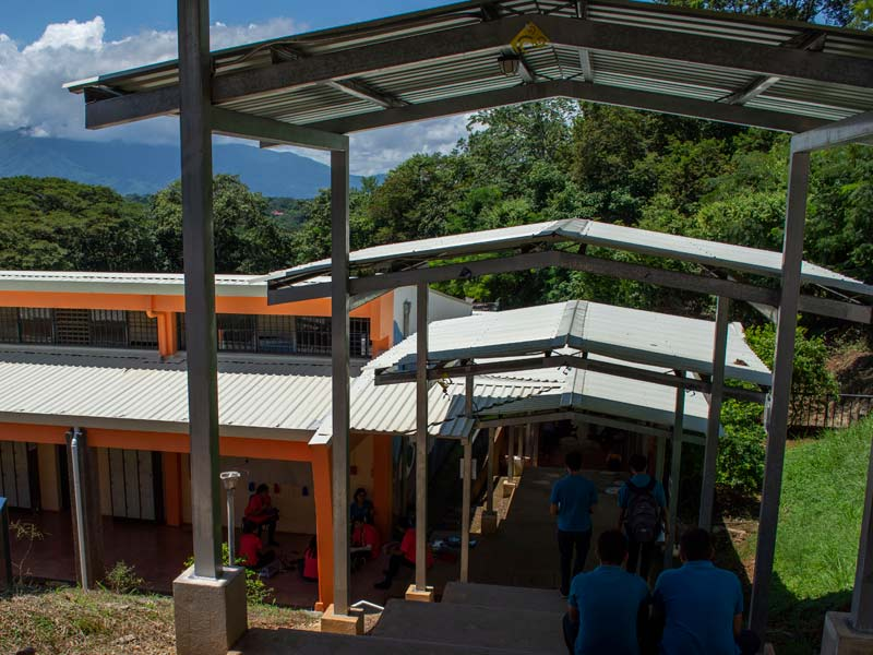 lycée au Costa Rica