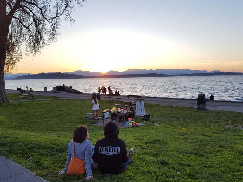 coucher de soleil sur lac