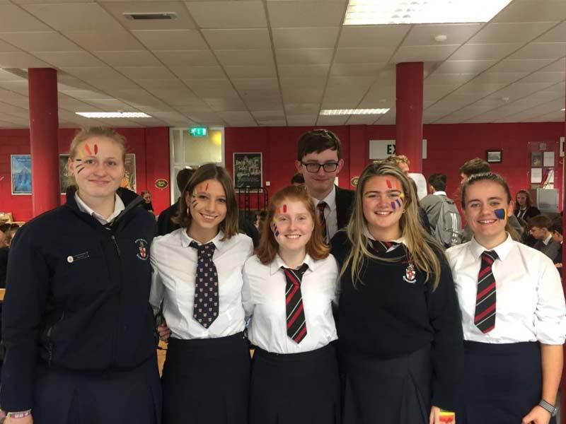 groupe d'étudiant en lycée en Irlande