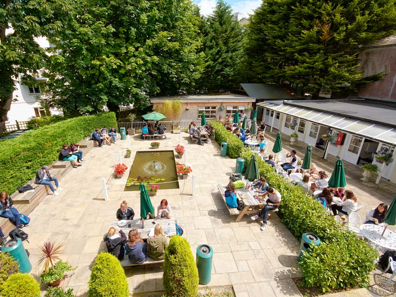 Centre de langue Eastbourne jardin