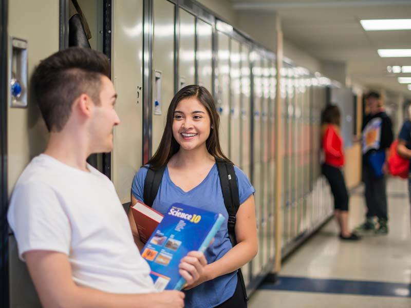 high school Canada casiers
